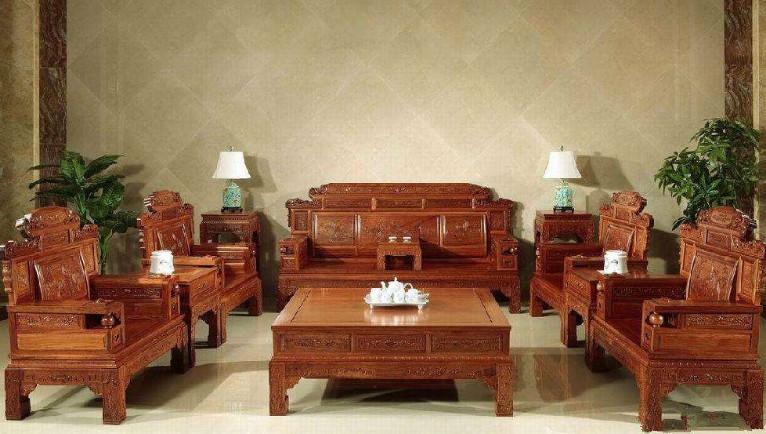 红木沙发选购有技巧,教你如何选购红木沙发!
