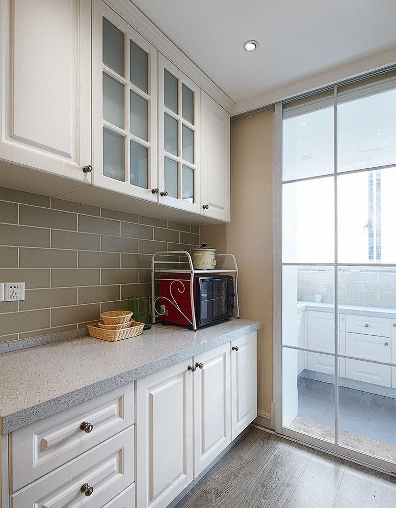 素朴雅致美式风格80平米三居室客厅吊顶装修效果图
